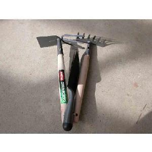 LOT 3 outils à main